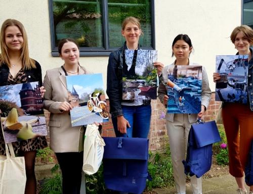 Preisträgerinnen beim Fotowettbewerb des Willy-Brandt-Hauses – Lübeck 2030